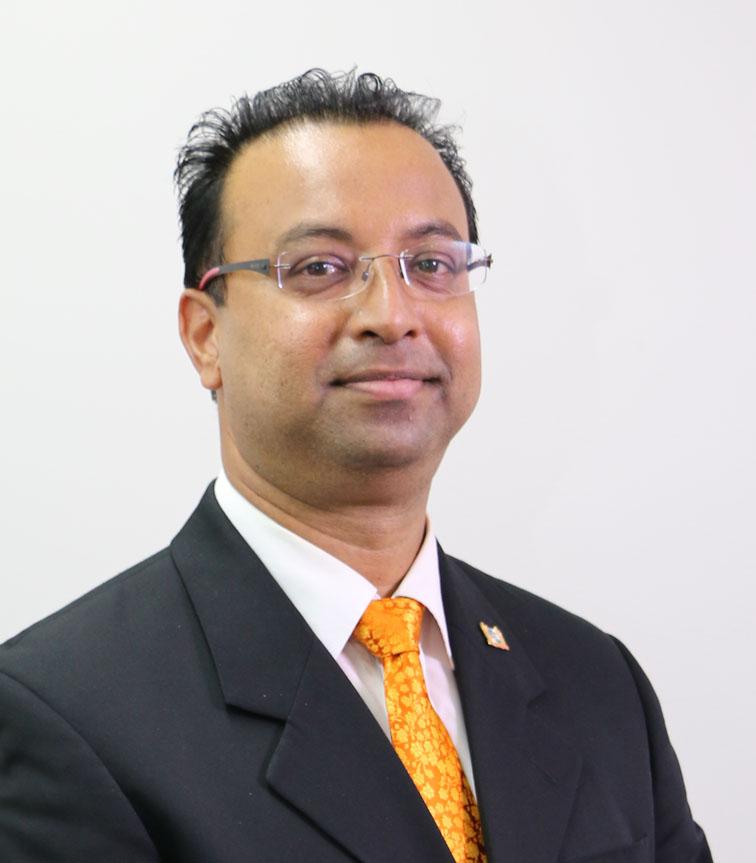 hr. Riad J. Nurmohamed PhD