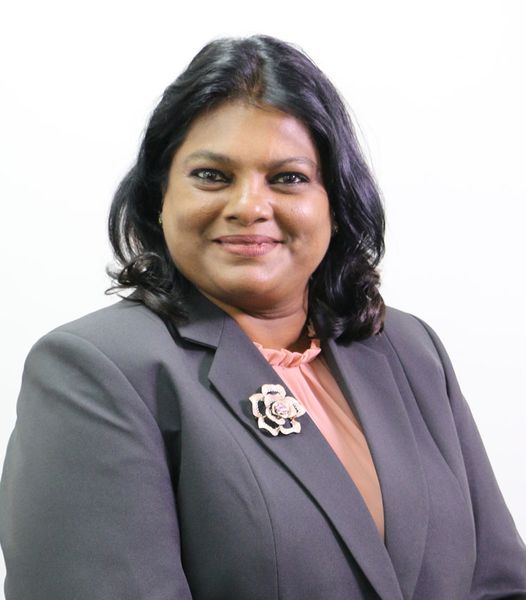 mw. Krishnakoemarie Mathoera MPA
