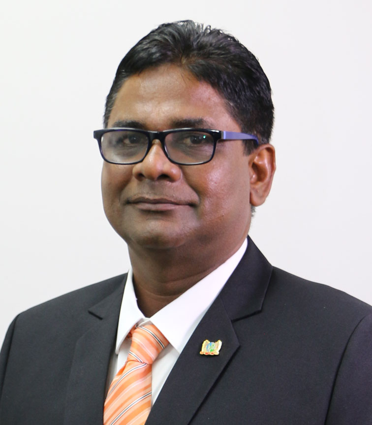 hr. Roy R. Mohan